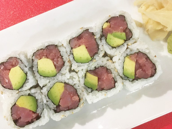Tuna/Avocado Roll